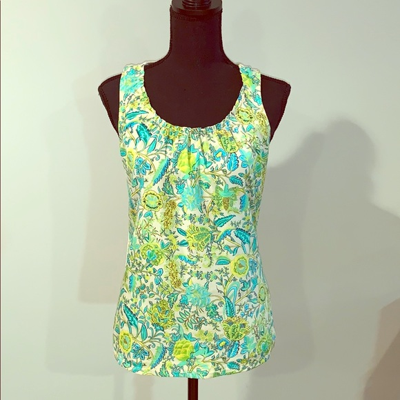The Limited Tops - Adorable sleeveless paisley top